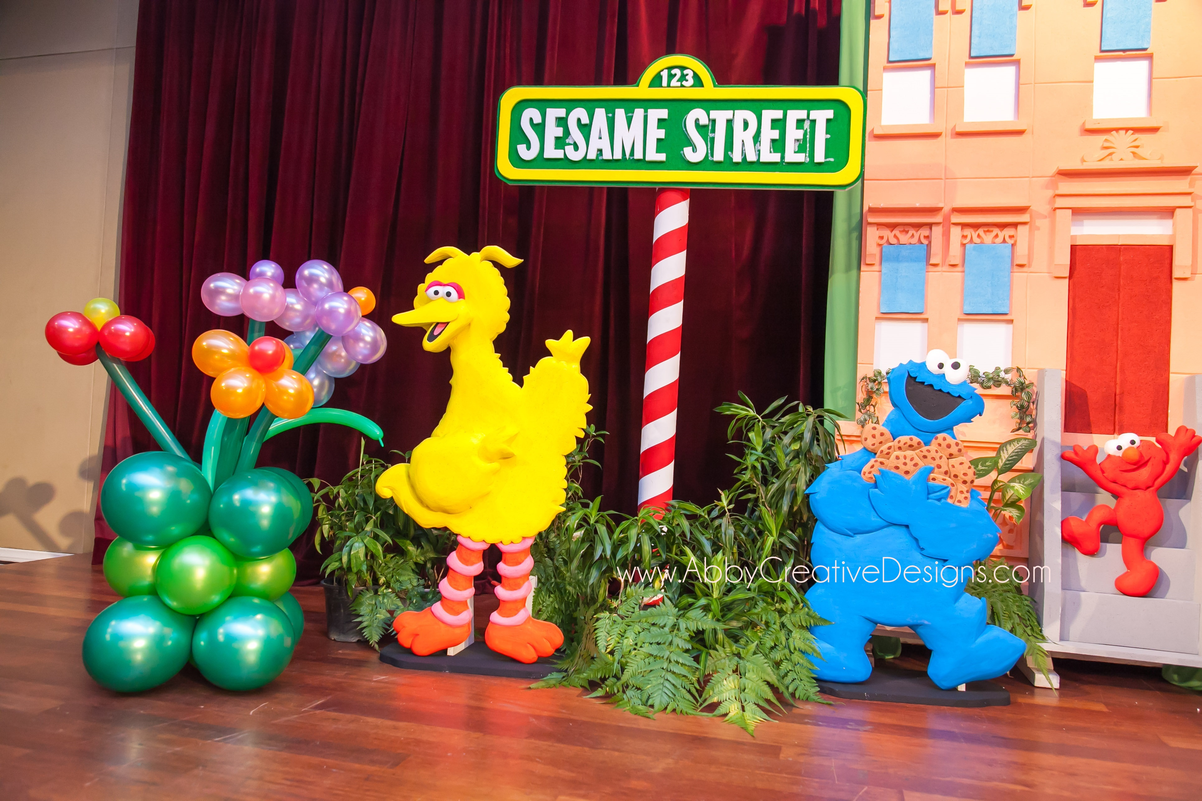 Theme elmo sesame street its more than just a party for Balloon ideas for kids